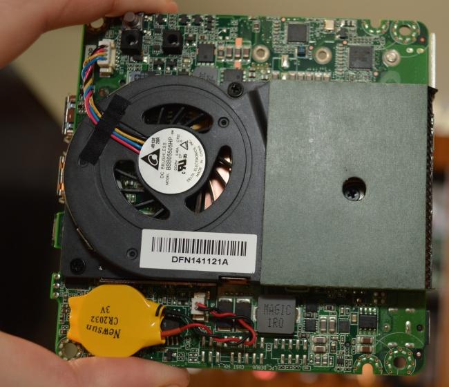 Intel NUC Broadwell-U (NUC5i3RYH) - Photo 8