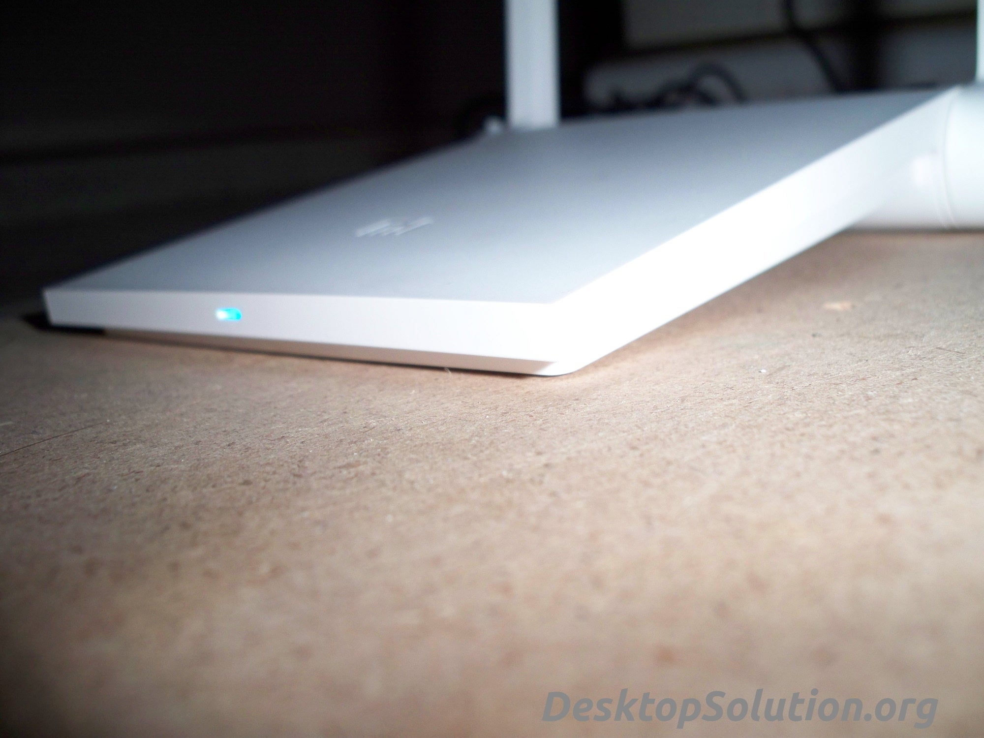 Xiaomi Mini Router - Design laterale