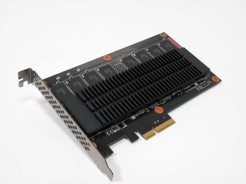 Asus_ROG_Raidr_PCIe_SSD_240GB__9_