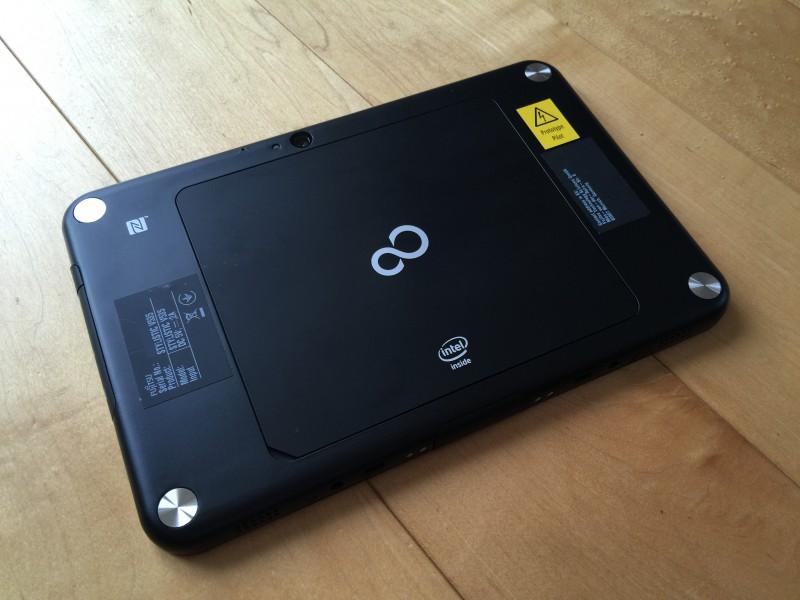 Fujitsu Stylistic V535 - back