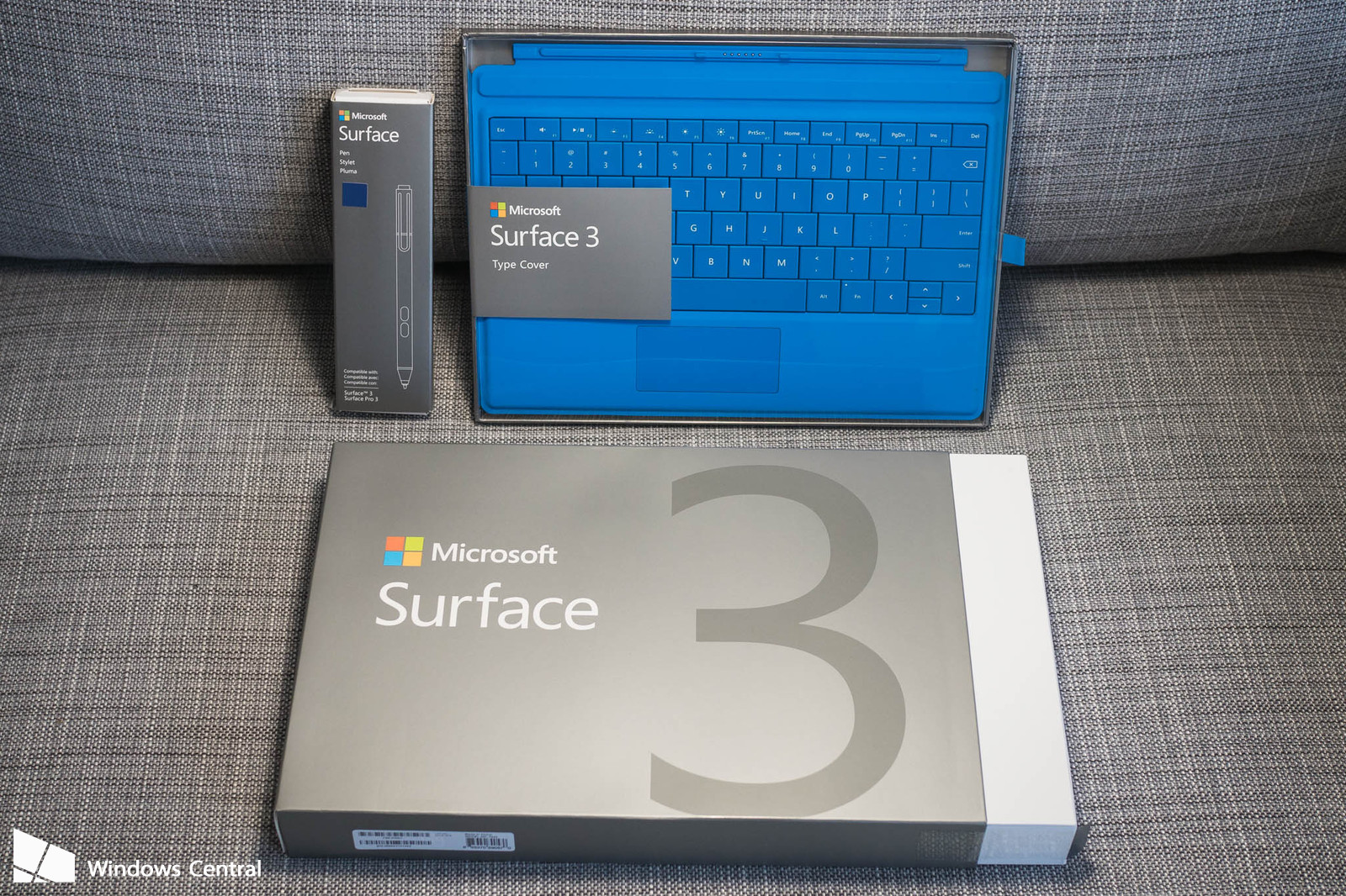 microsoft surface 3 + boxes